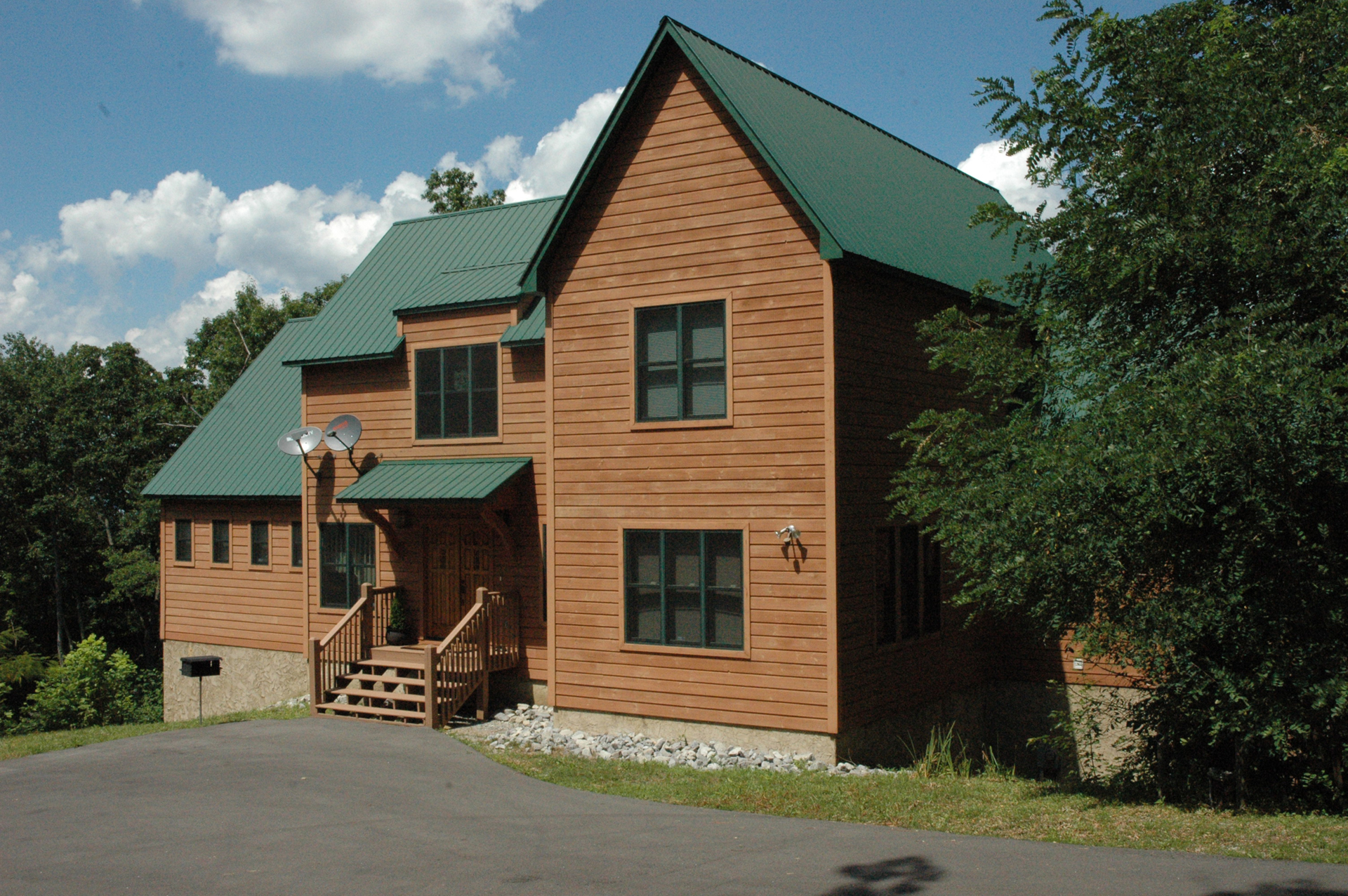 Your smoky mountain cabin vacation rental tennessee for Smoky mountain tennessee cabin rentals